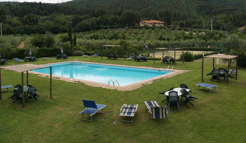 In the green countryside of Tuscany - Calenzano - Flat