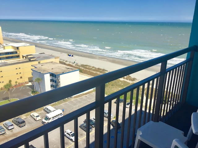 New Listing/Oceanview/Great Rates/Landmark Resort