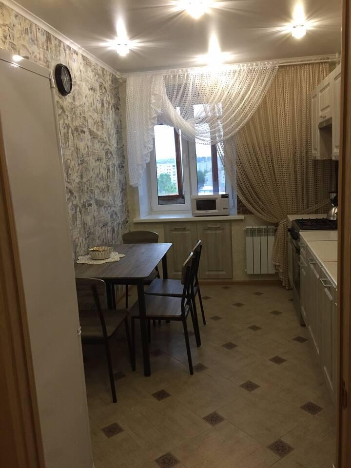 Двухкомнатная квартира в центре Бежицкого района