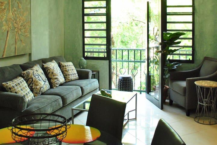 Upscale 1BDRM Caribbean Apt (+ Garden & Pool) - Port-au-Prince - Apartmen