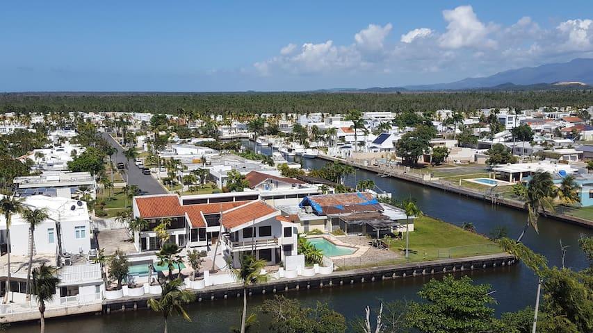 Apartment on the Marina