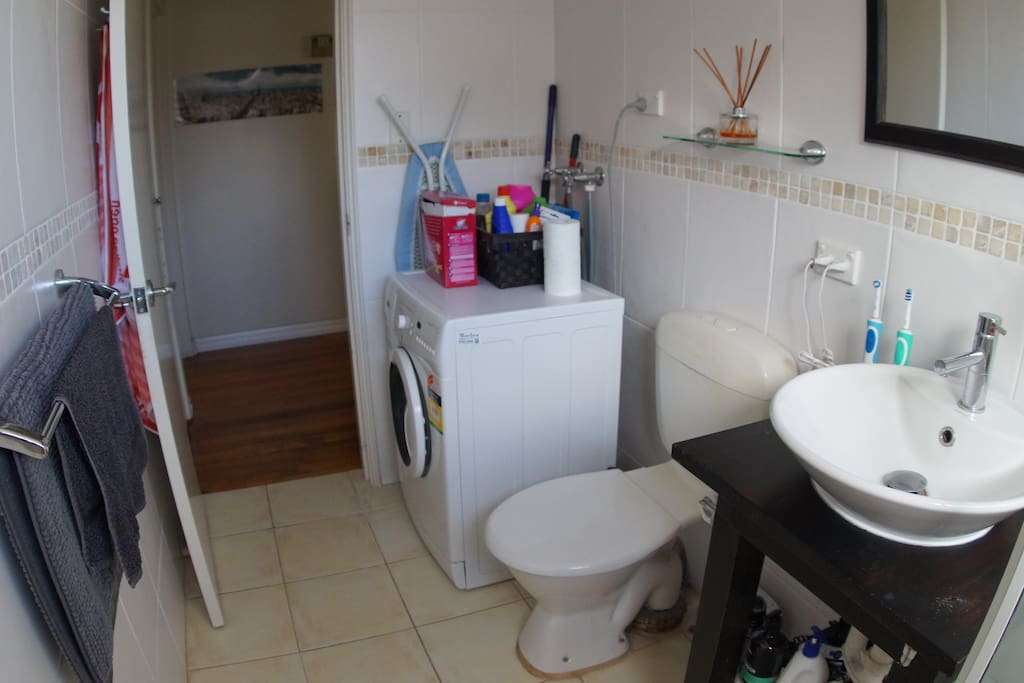 Bathroom & Washer