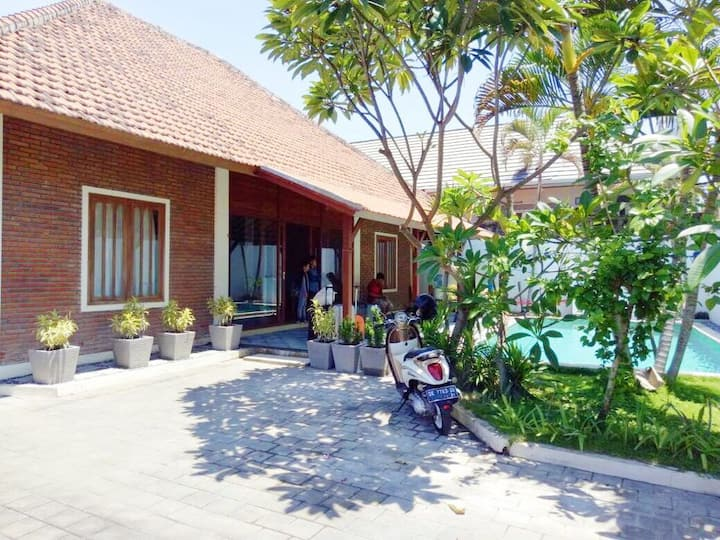3BR Cozy Villa at Sanur with pool