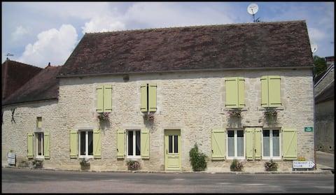 Maison de campagne 150 m²  jusqu'à 11 personnes