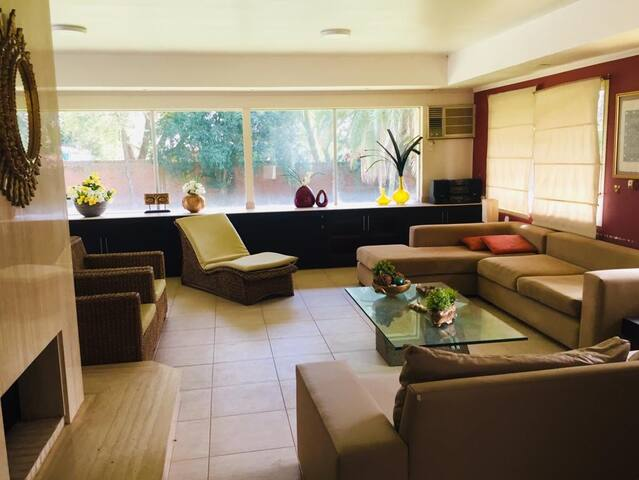 RESIDENCIA - 2 Dorm. - 3 Baños - Piscina p/6 pax