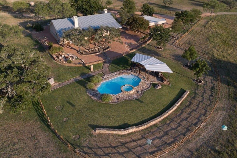 Deer Lodge/Pool/Whirlpool