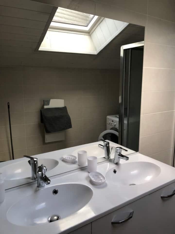 Appartement de 4 chambres et 2 salles d'eau