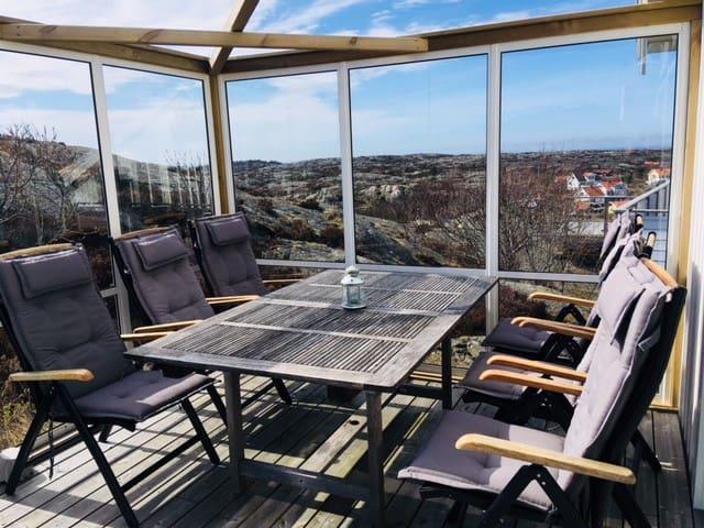Stor terrasse med sol hele dagen