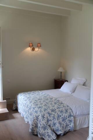 Maison Maya - Chambre double avec futon