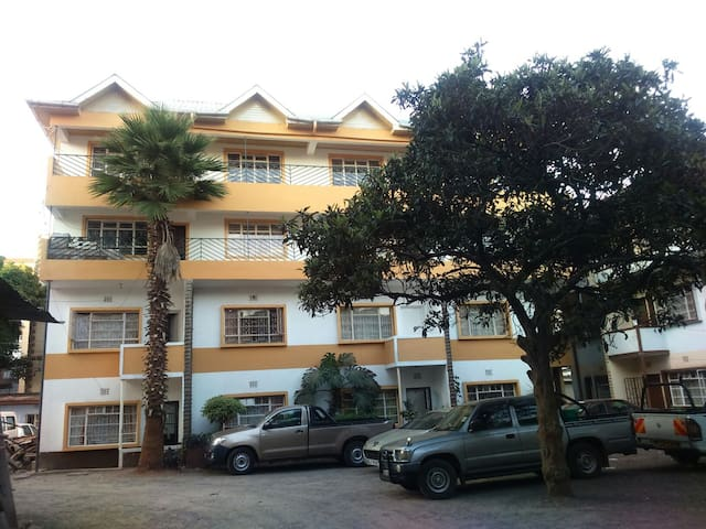 COSY 2 BEDROOM FLAT IN PARKLANDS,NAIROBI - Nairobi - Apartament