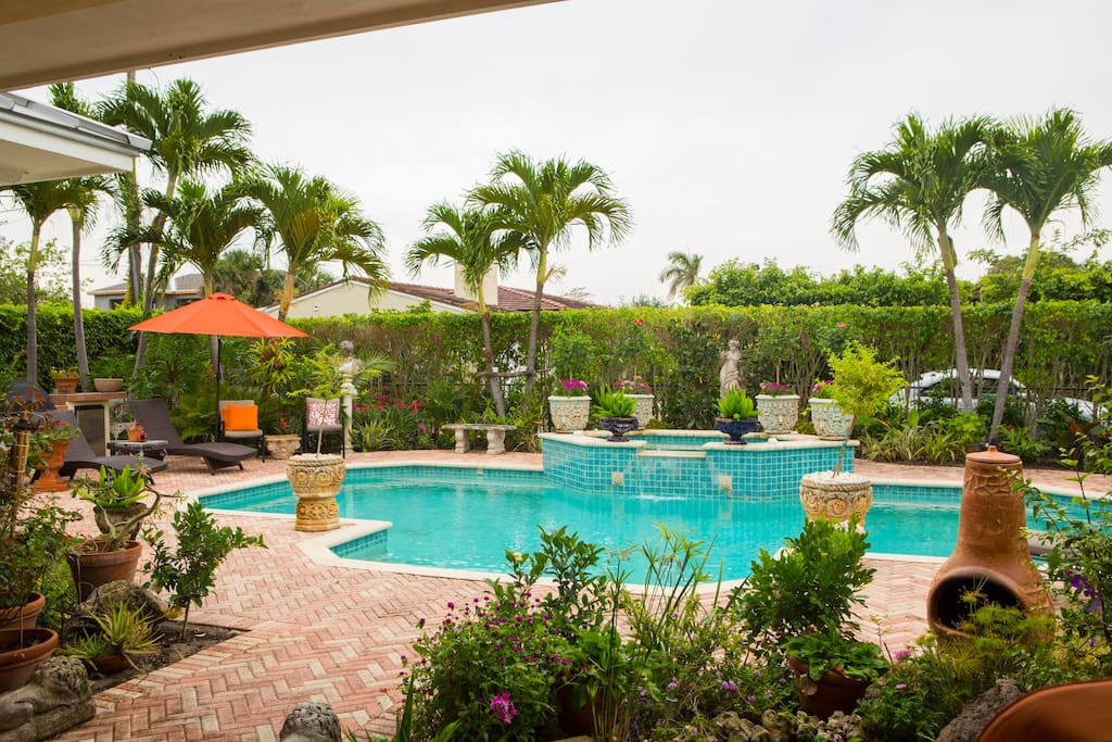 Tropical Charm Guest Suites For Rent In West Palm Beach Florida United States