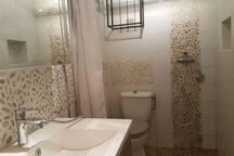 salle d eau chambre 2