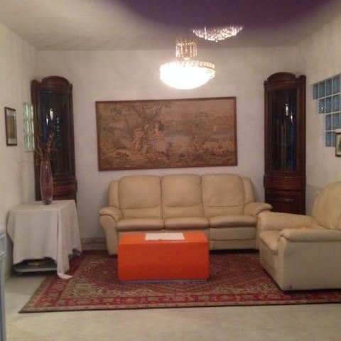 grazioso seminterrarto - CASTELMAGGIORE - Overig