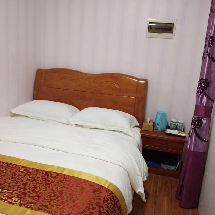 贵阳世纪城锦绣公寓   温馨大床房