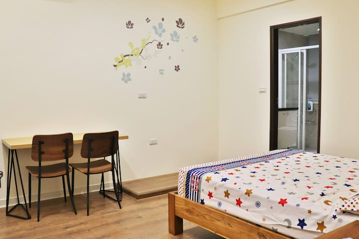 Luzhou New Apartment B3/ 1 min to MRT