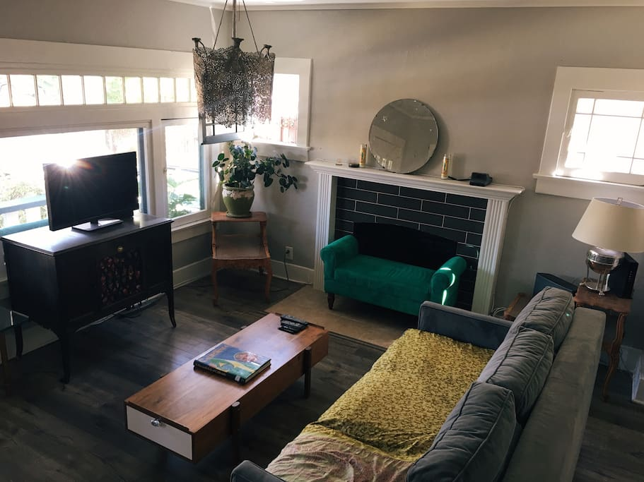 Living/TV room Area w/ Fireplace