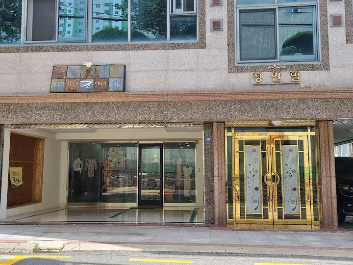 청안빌, 봉선동 카페촌근처,삼익아파트근처 유안초 양림동10분,학원가,번화가1분(자가격리×)