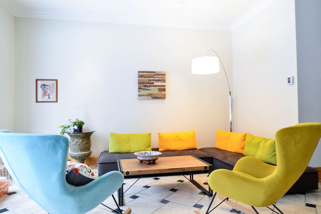 Bright colors in this decorated living room