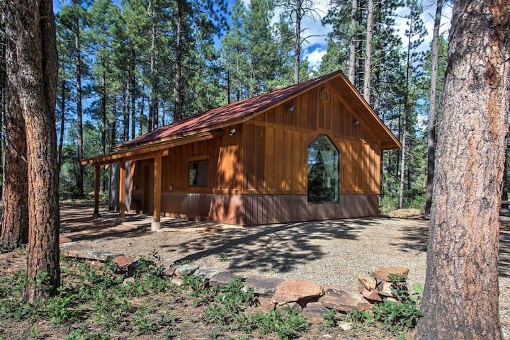 Private Cozy Mancos Cabin on 80 Acres w/Mtn Views!