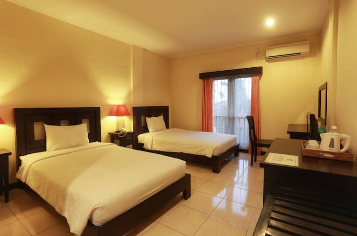 Superior Twin Room in Heritage City of Denpasar