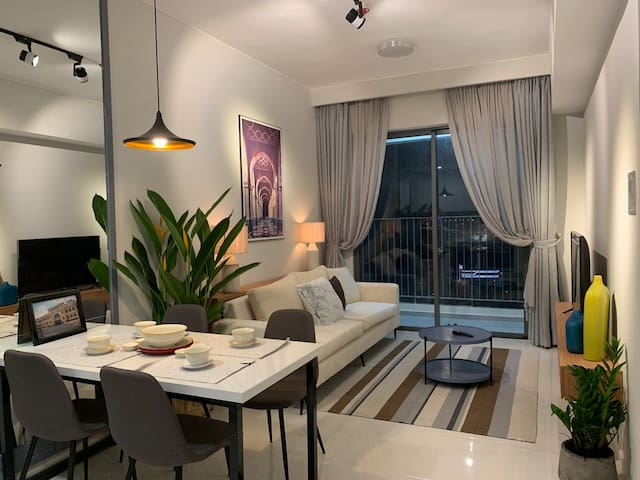Charming Apartment in Masteri - HighLevel/New/Full