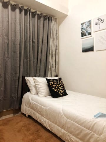 Affordable and Relaxing Room near SM Southmall