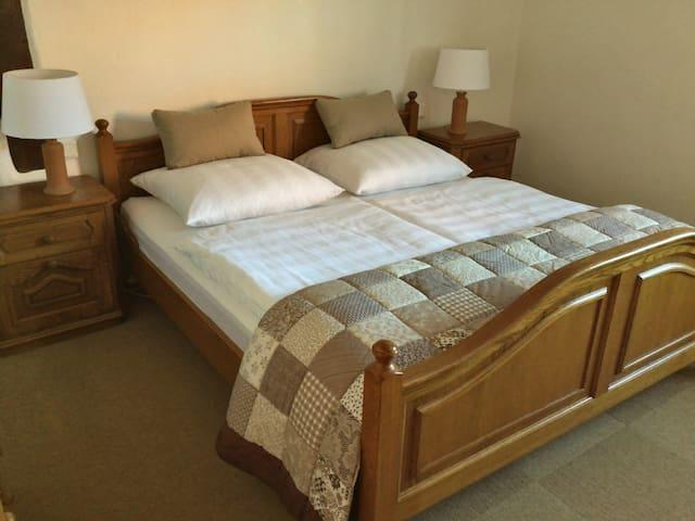 Schlaf-Wohnzimmer 3
