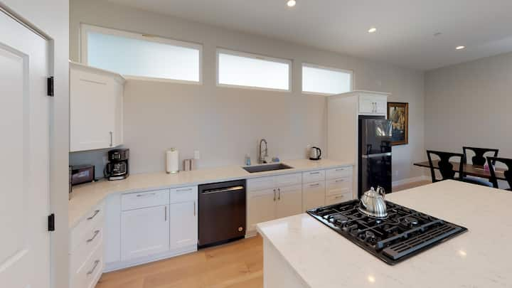 Twice as Nice- Walking Distance to Downtown!