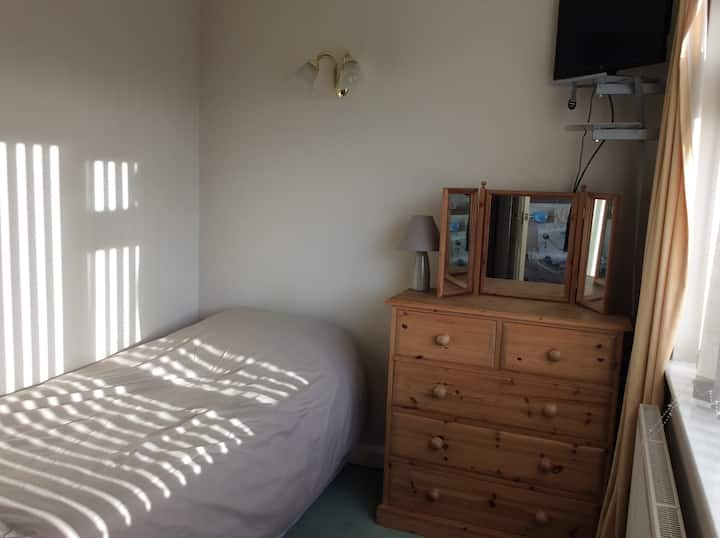 Single room in a geat location