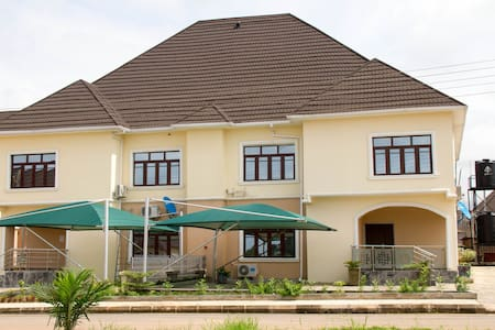 Exquisite 3 Bedroom Semi Detached Duplex