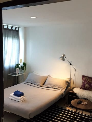 G2015 66, Chic private room near BTS, WIFI