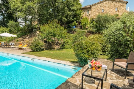 S. Biagio a Colle Residenza d'epoca -Casa Castagno - San Leo Bastia - Rumah