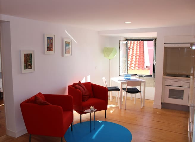 NEW Extra large bed in apartment with river view! - Lisboa