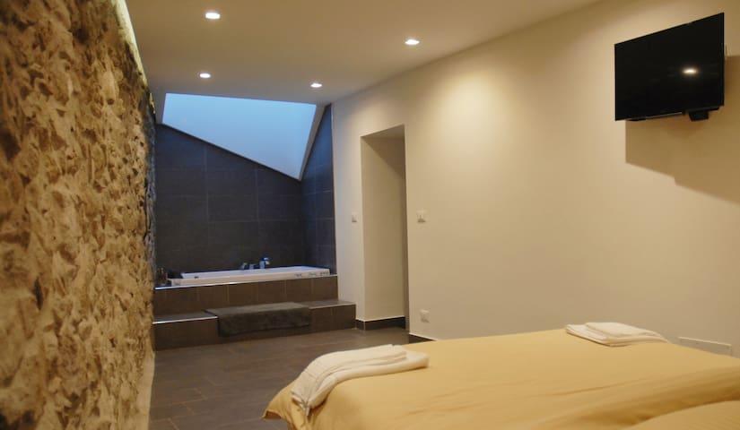 camera da letto ala sx