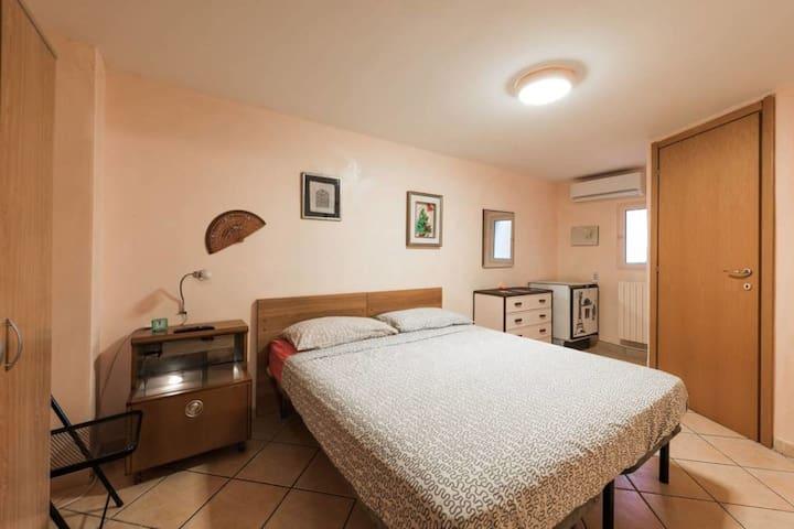 Grande stanza privata con bagno in Centro a Bari - Bari - Apartament