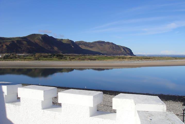The Buoys Beachside Residence - Deganwy - Casa