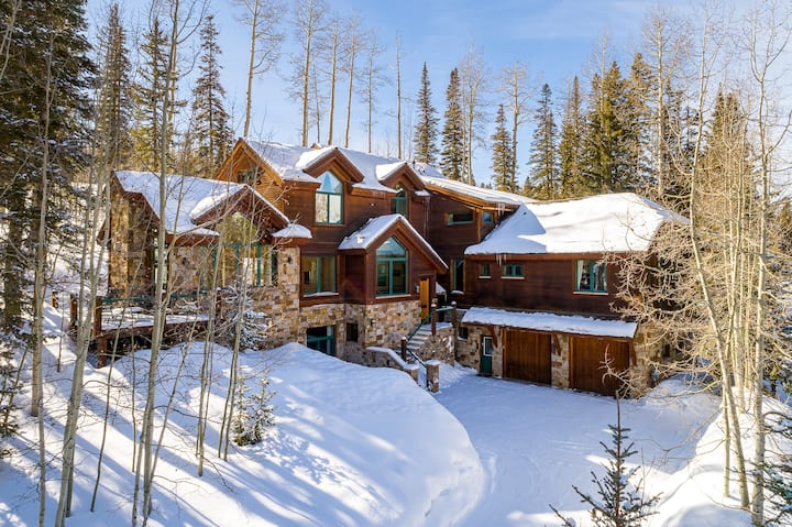 PROSPECT LODGE - A SKI-IN, SKI-OUT MOUNTAIN EXPERIENCE UNLIKE ANY OTHER