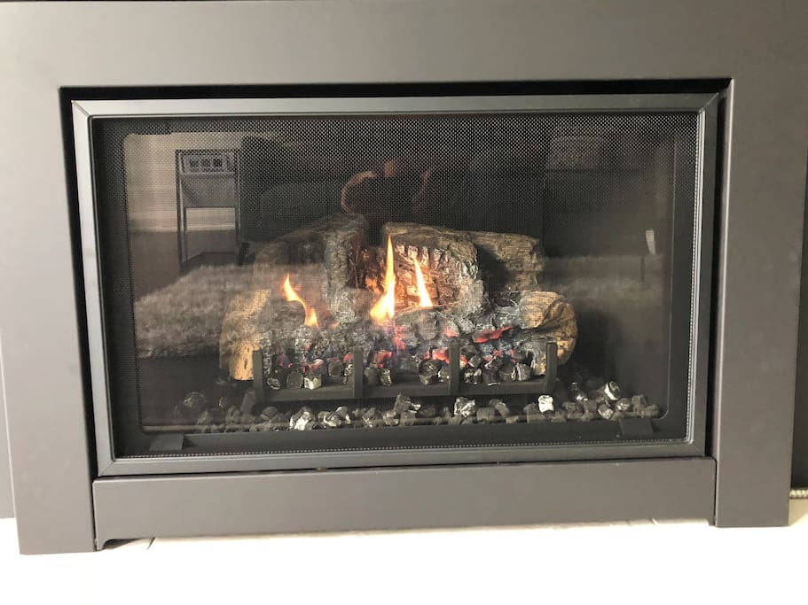 Gas Fireplace with Remote