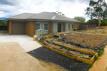 New immaculate 4 bedroom home