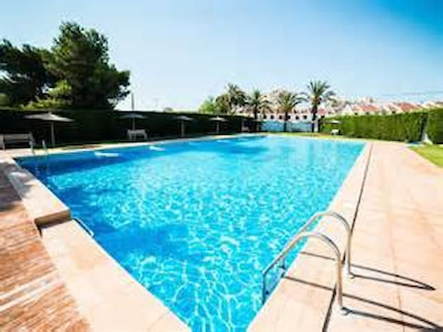 Friendly, Family run B&B - Torrevieja - Bed & Breakfast
