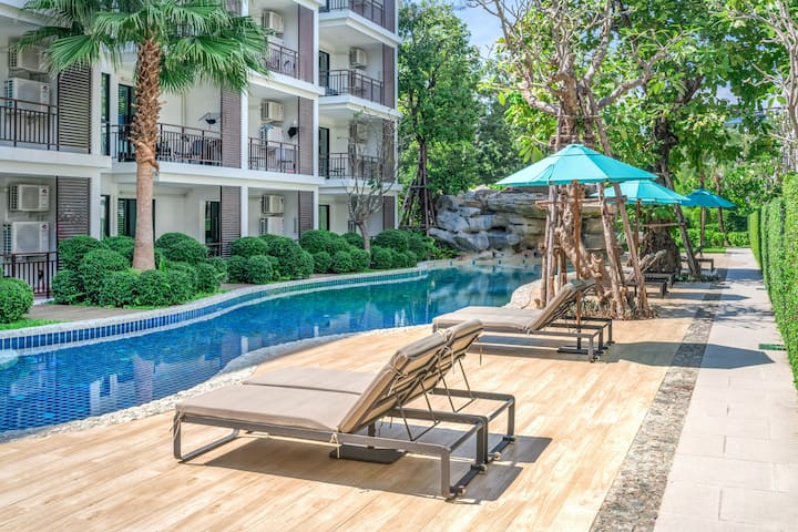 Pool Access 1 Bedroom Apartment @ Rawai beach- 50m