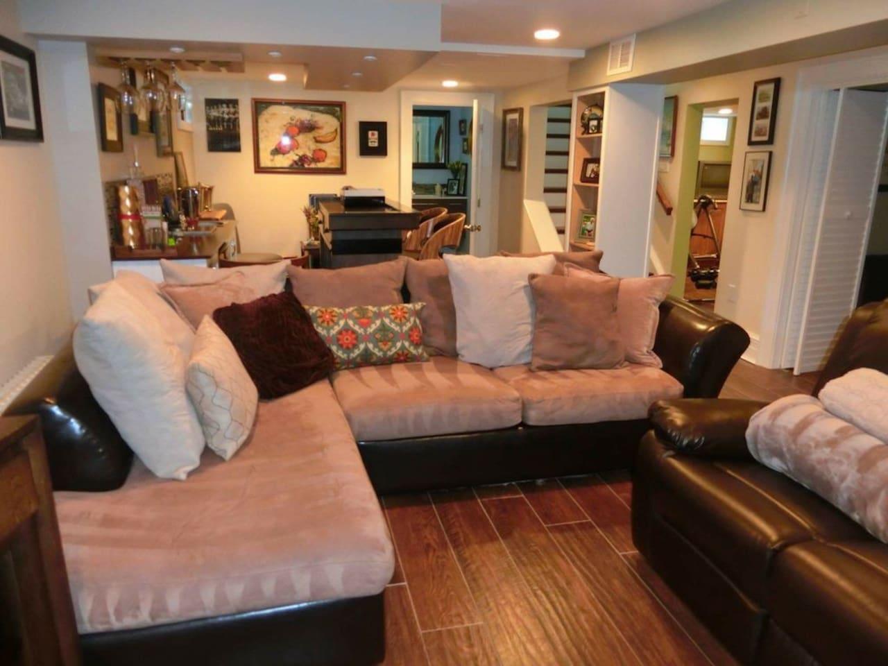 Living room expanse