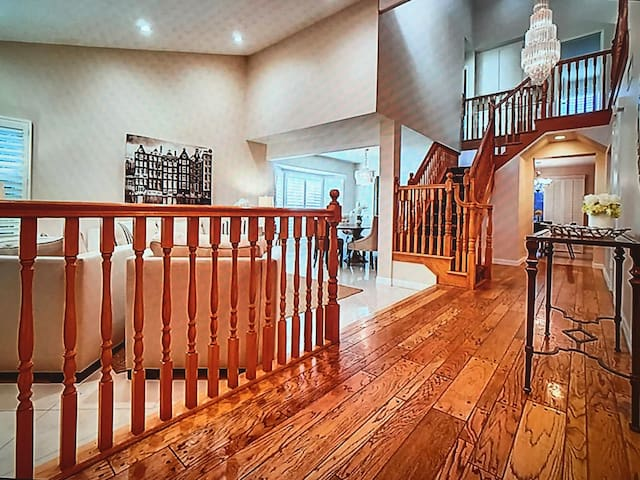 Best lux Wauwatosa house!