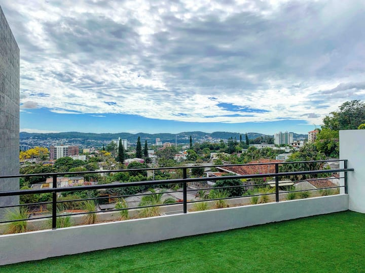 The Best Airbnb in Town 2 - San Salvador (NUEVO)