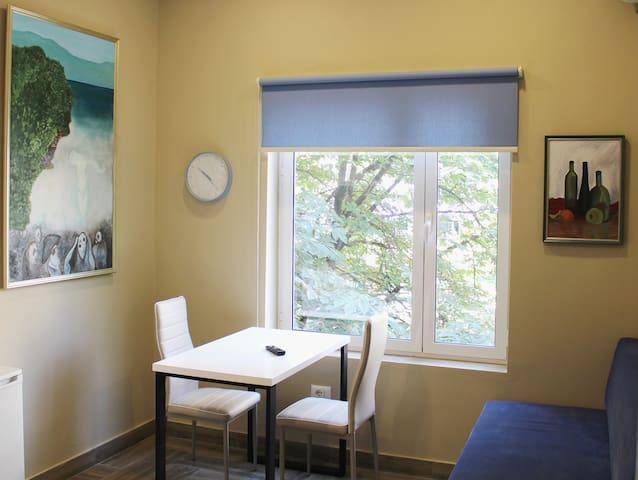 Apartamenti 2v1-Blloku