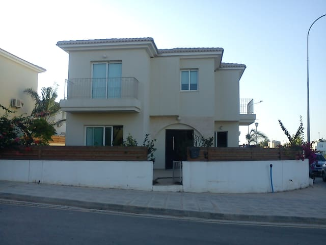 Two storey house with pool +garden
