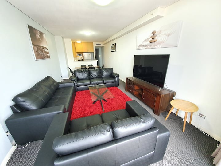 City centre apartment with free parking 5