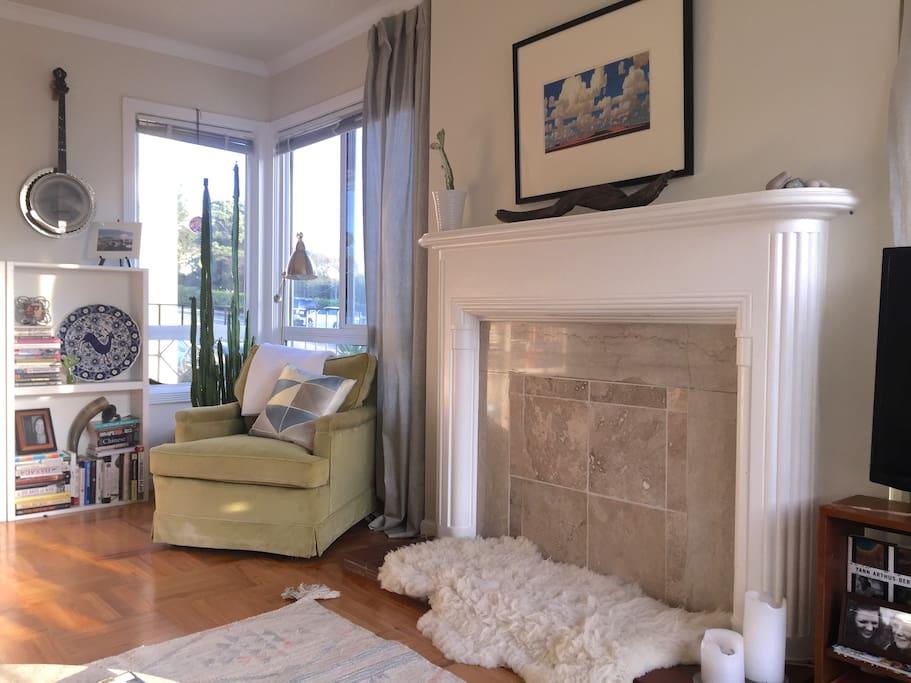 living room reading corner