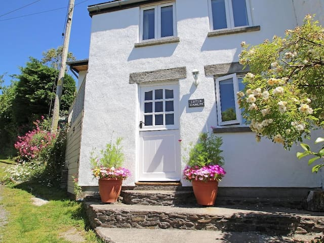 LITTLE HAMLIN, country holiday cottage in Liskeard, Ref 959380