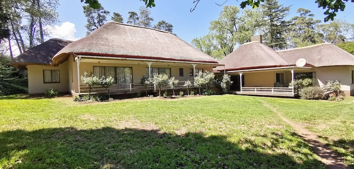 Oaksprings Country House